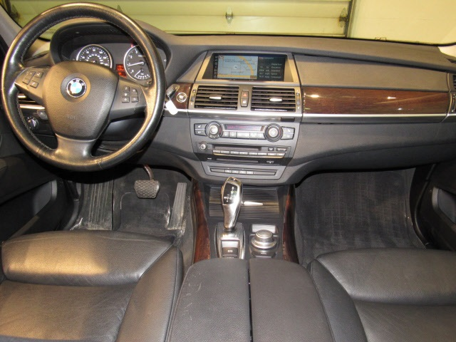 Pre-Owned 2009 BMW X5 xDrive30i